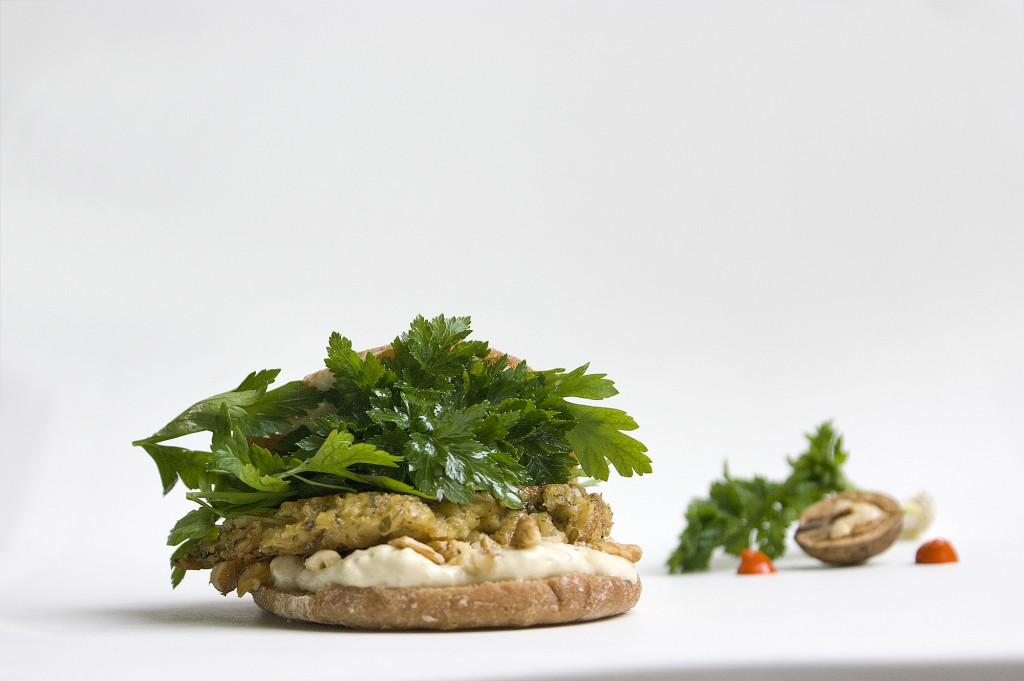 Haferburger mit Petersilie