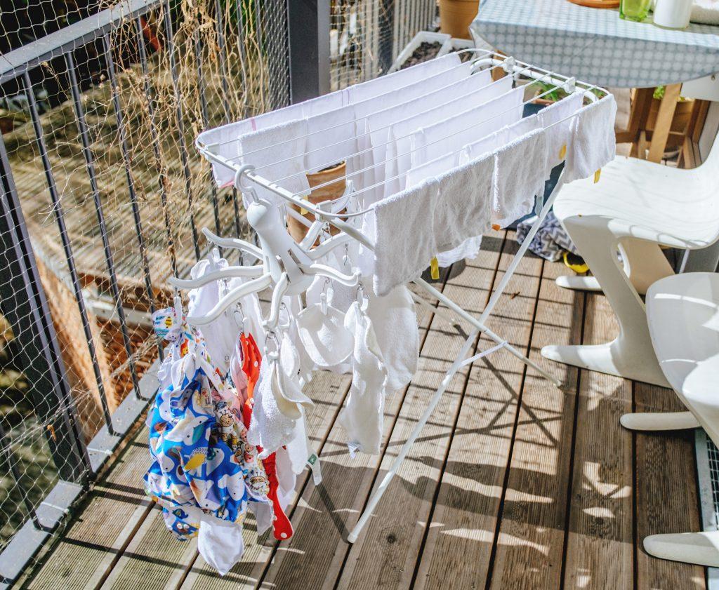 Wäscheständer mit Stoffwindln