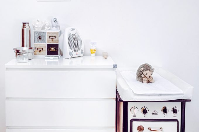 Wickelkommode günstig organisieren – DIY