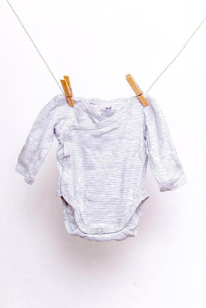 Erstausstattung-Herbstbaby-Kleidung-Wickelbody
