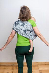 Ring Sling Hoppediz Rückenansicht Erfahrungen
