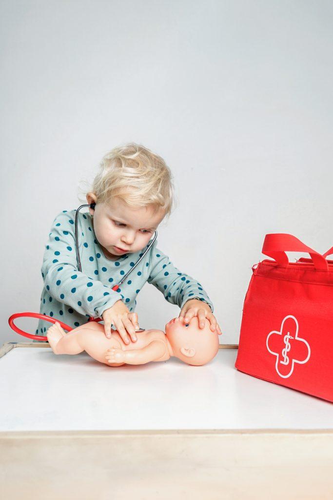 Geschenke-2-jaehrige-Doktortasche