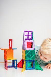 Geschenke-fuer-2-jaehrige-playmags